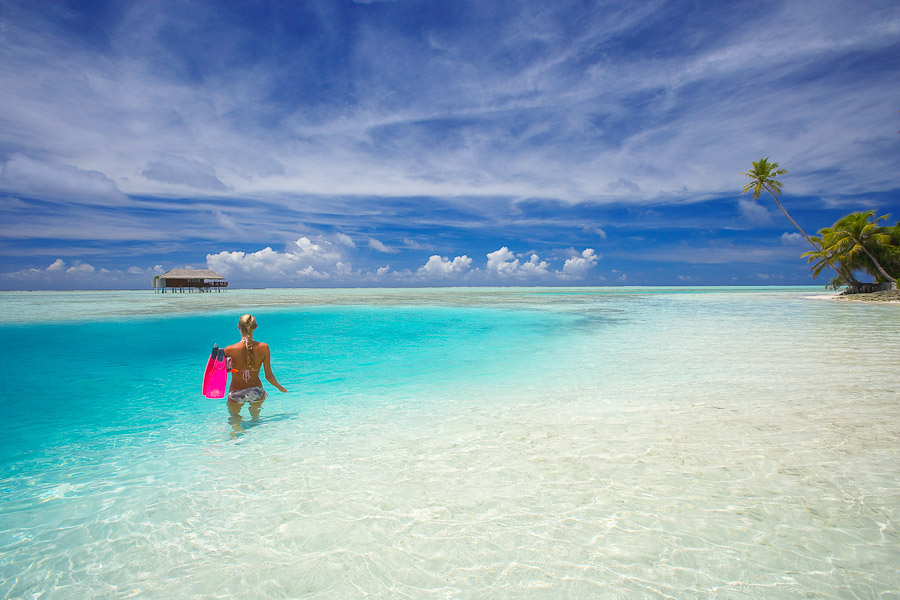 maldives essay The republic of maldives consists of 1,190 islands (fewer than 200 are inhabited ) in the indian ocean, southwest of sri lanka the maldives has a population of.