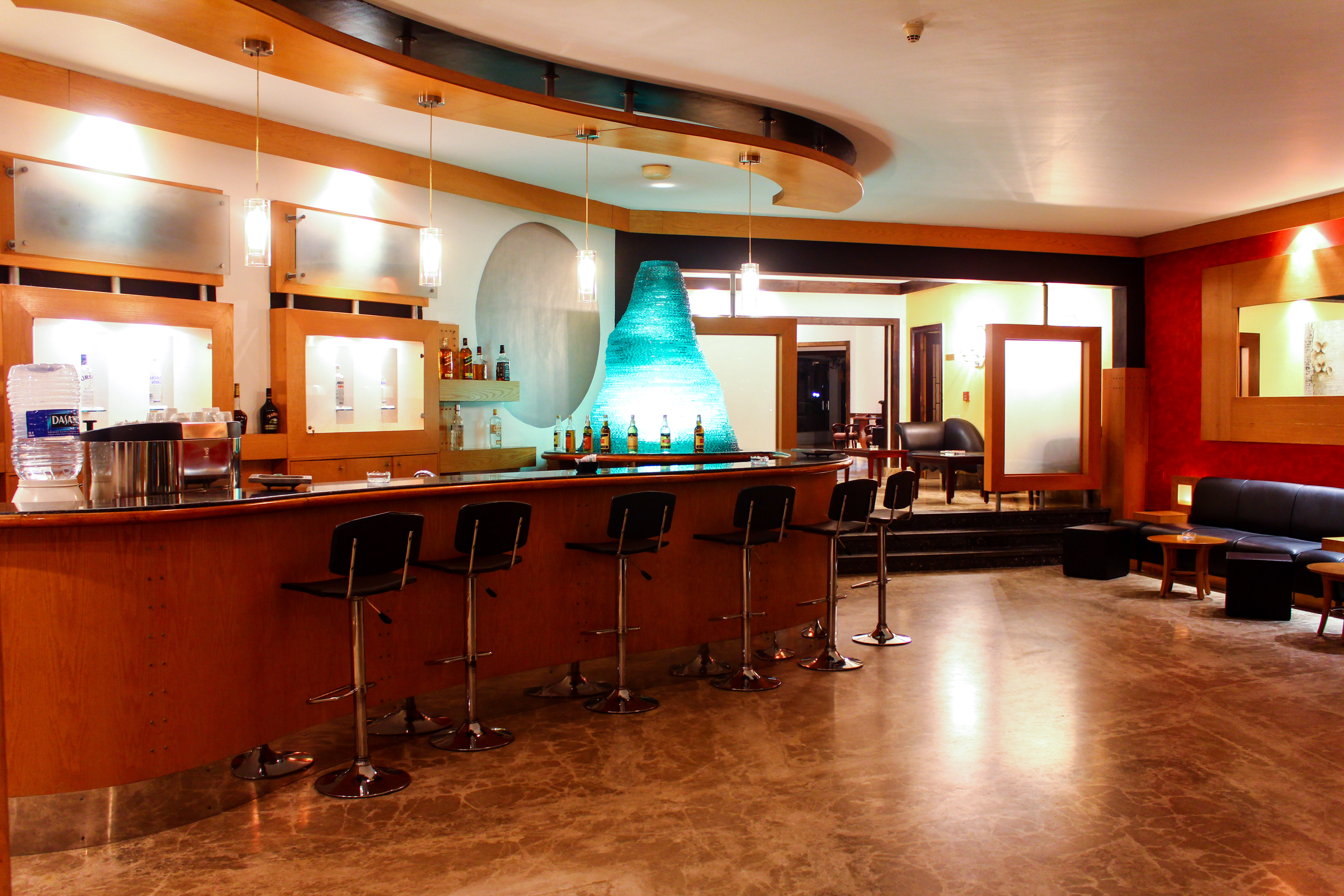 Restaurants & Bars - Werner Lau Diving Centers