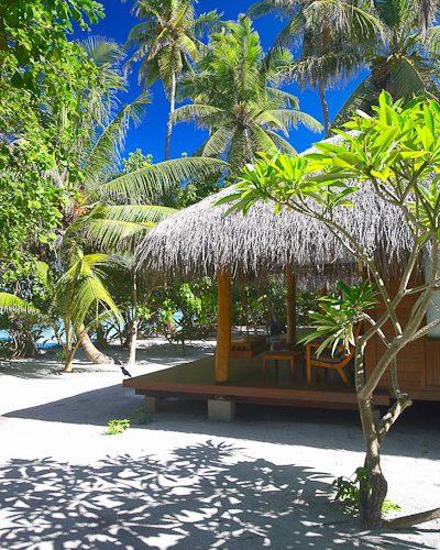 ber001849_beach-villa-side-view