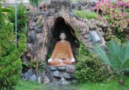 ber001663_buddhist-monastery-by-m.-verhoef-5-