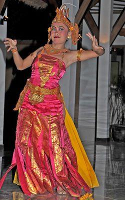 ber001673_0201_siddhartha_dance