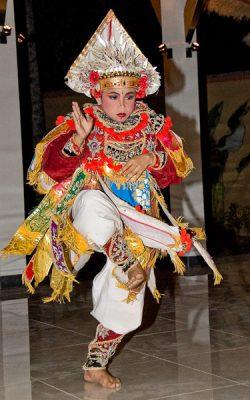 ber001673_0202_siddhartha_dance