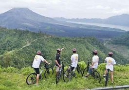 ber002144_cycling1-1